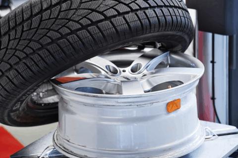 Reifen und Felge mit RDKS